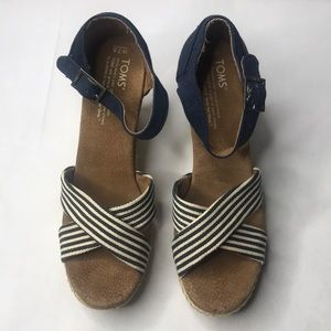 TOMS STRAPPY WEDGE UNIVERSITY NAVY